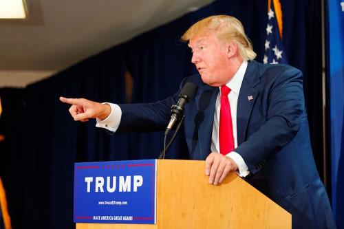 Donald_Trump_Laconia_Rally,_Laconia,_NH_4_by_Michael_Vadon_July_16_2015_15
