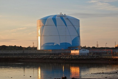 1024px-National_Grid_LNG_Tank