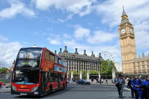 London_bus_&_Big_Ben,_18_June_2011