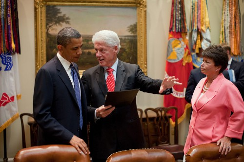 1024px-Obama_and_Bill_Clinton