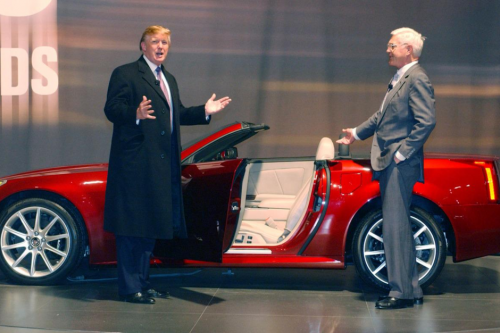 Donald_Trump_previews_the_2006_Cadillac_XLR-V_(8619546909)