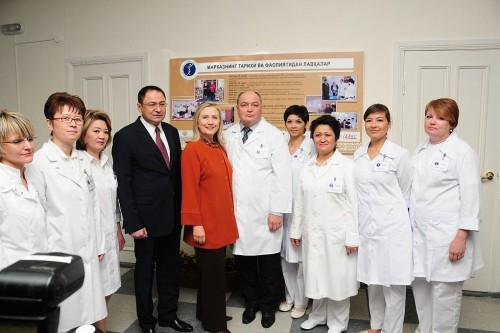 Secretary_Clinton_Poses_for_a_Photo_With_Uzbek_Health_Minister,_Dr._Dilmurod,_and_Wellness_Center_Staff_(6272462169)