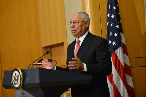 Former_Secretary_of_State_Powell_Delivers_Remarks_at_Groundbreaking_Ceremony_of_U.S._Diplomacy_Center_(14944070217)