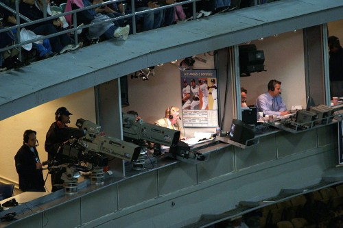 1024px-Vin_Scully_in_booth