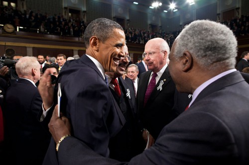 1024px-Obama_Congressmen_State_of_the_Union_2011