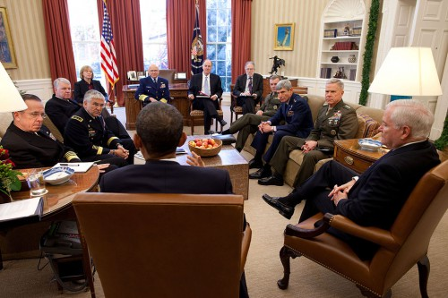 1024px-Obama_meets_with_Joint_Chiefs_about_DADT