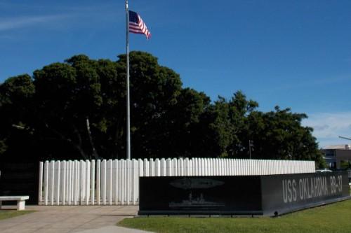 USS_Oklahoma_Memorial_-_Ford_Island_06