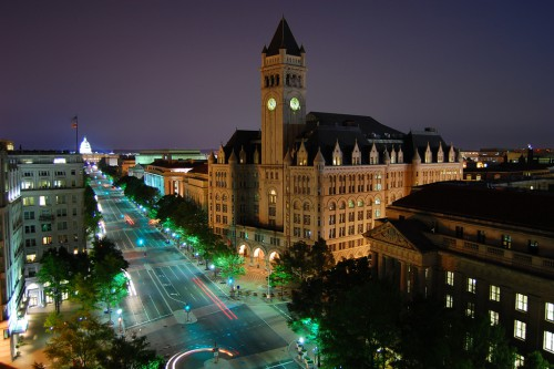 Wyn Van Devante Flickr:Creative CommonsPennsylvania_Ave_-_Old_Post_Office_to_the_Capitol_at_Night