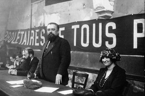 congres_de_tours_la_presidence-_citoyen_paoli_le_president_jules_blanc_la_citoyenne_sadoul-jpeg