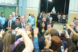 1024px-hillary_clinton_with_press